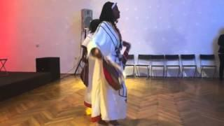 Introducing Ethiopian dance (Eskista) in Vienna, Austria | Ethiopia